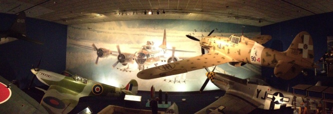 Spitfire; Mustang; Macchi Folgore
